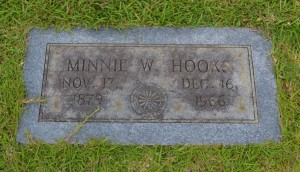 Minnie W Hooks Headstone