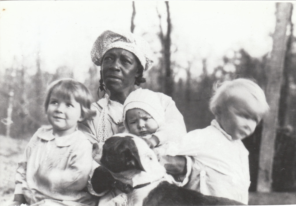 1928 Bonnie, Bill and David Harkness with Pree Carson