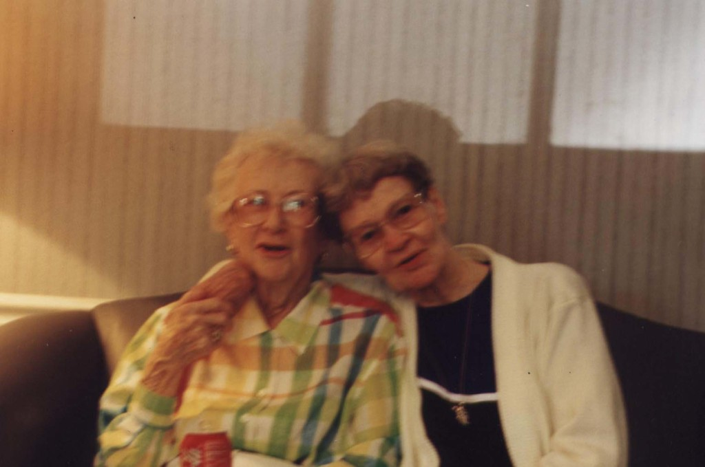 Aunt Dorothy and Poo 2005