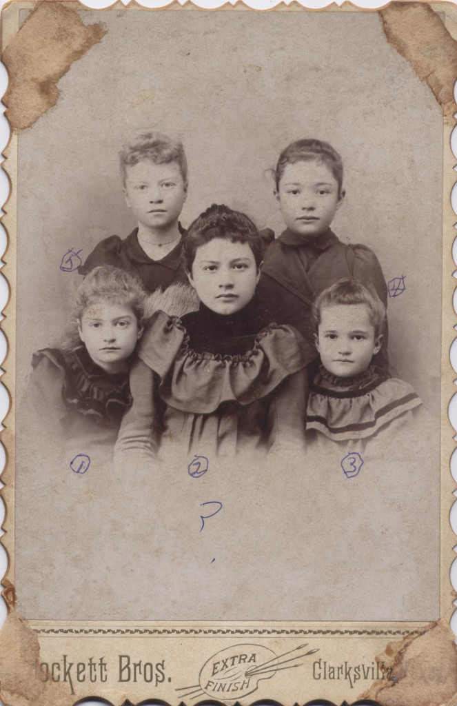 Grandchildren of A.G. and Mary Hoskins